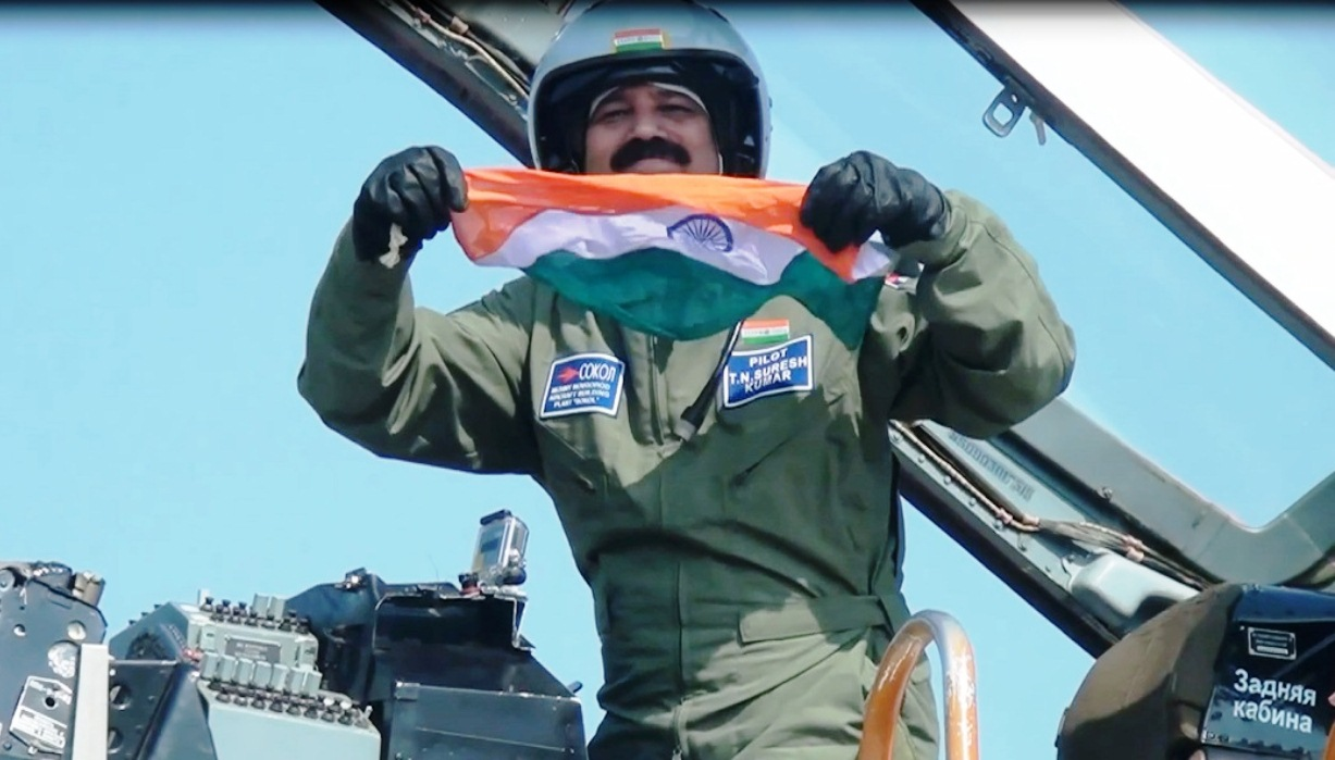 suresh-kumar-landing-with-indian-flag